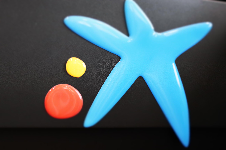 Emblema de caixa bank con relieve de gota de resina de alta calidad